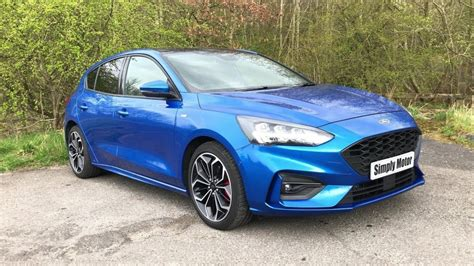 Video - Ford Focus ST Line X Review   3 Good 3 Bad
