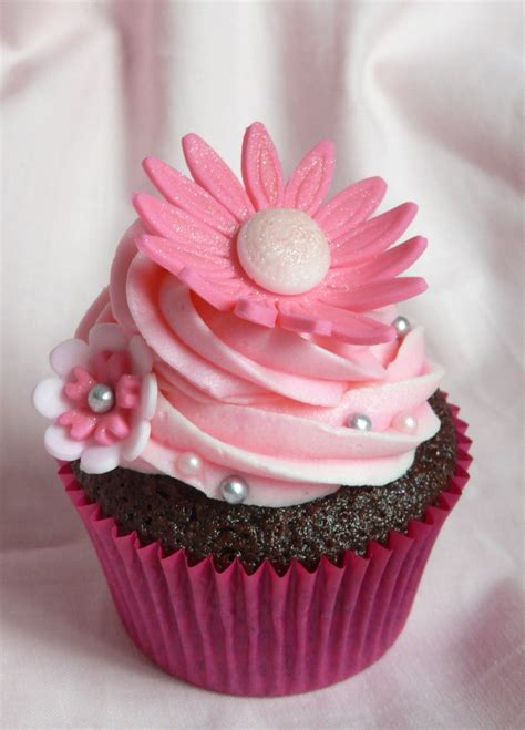 Cupcakes for Cake Lingerie | E-boutique mamaNANA contacted
