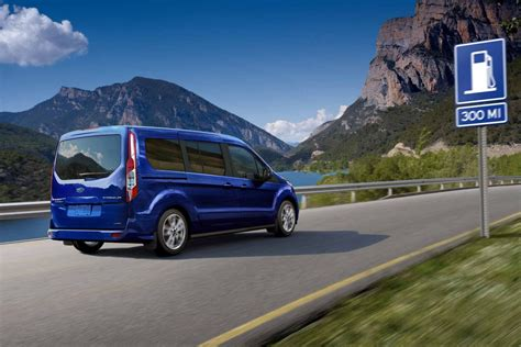 FORD TRANSIT/TOURNEO CONNECT (7-SEATS) specs & photos